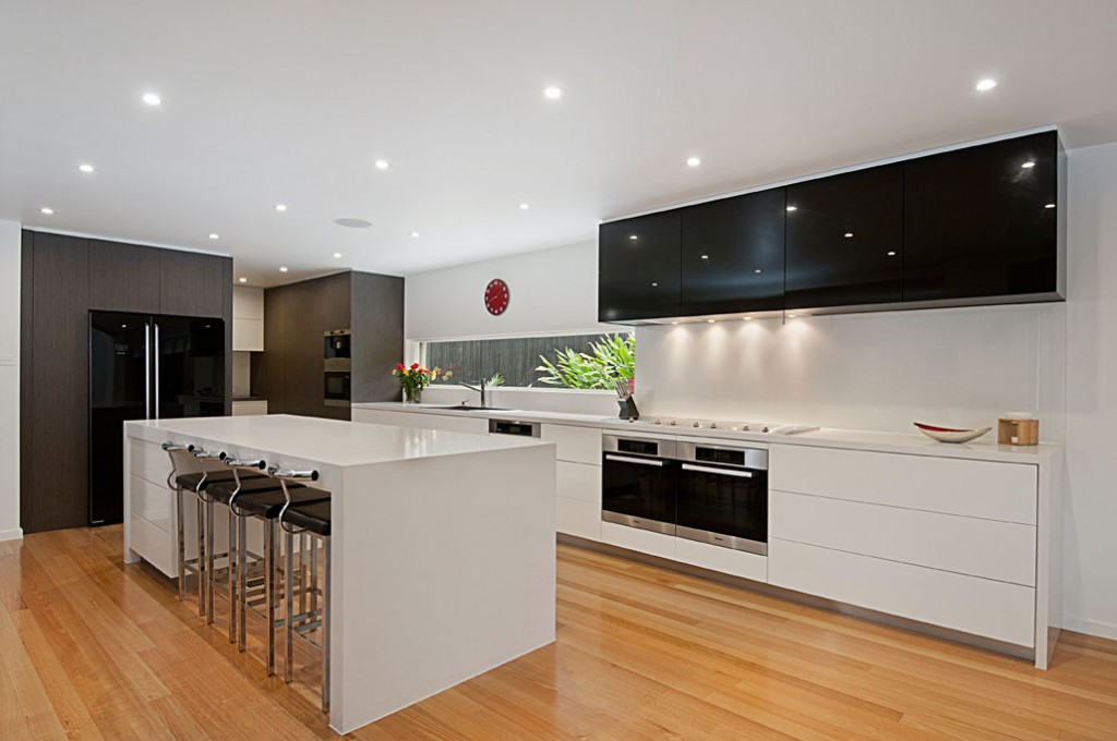 Orana designer kitchens for Custom kitchen designer